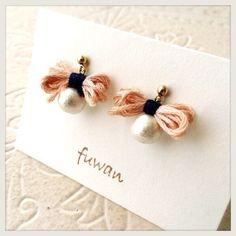 fuwanをご覧頂きありがとうございます----------------------------------------刺繍を使ったリボンにコットンパールを合...|ハンドメイド、手作り、手仕事品の通販・販売・購入ならCreema。