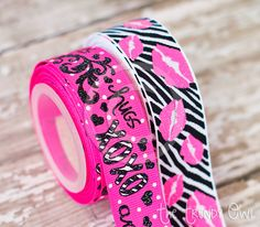 "7/8"" XOXO Hugs & Kisses - Hot Pink"