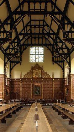 Founded in 1546 by King Henry VIII Trinity Dining Hall is part of Trinity College, Cambridge, UK ((hope)) Los Tudor, Tudor Era, Tudor History, British History, History Medieval, Medieval Times, Henry Viii, King Henry, Tudor Dynasty