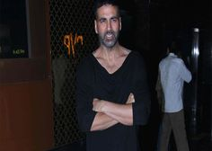 Akshay Kumar, who will be next seen in #Baby for which the trailer and first look has been released, refuses to endorse the #Bollywood fanaticism about abs.