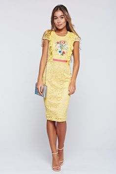 StarShinerS occasional yellow laced embroidered dress, back zipper fastening, tented cut, with ruffles on the chest, embroidery details, inside lining, laced fabric