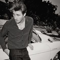 A Little Reminder That Garrett Hedlund Is Awesome