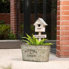 Glitzhome Farmhouse Metal Plant Stand with Birdhouse Decor Rustic Cute Planter Plant Flower Holder Distressed Plant Stand Decor for Garden Patio Balcony Lovely Home Decor Small Porch Decorating, Decorating Ideas, Small Porches, Summer Front Porches, Country Front Porches, Front Porch Flowers, Summer Porch Decor, Metal Planters, Indoor Planters