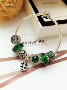 5d60aa22b76 Pandora green flower charm bracelet Pire 925 sterling silver Availble size  : cm Comes with gift box