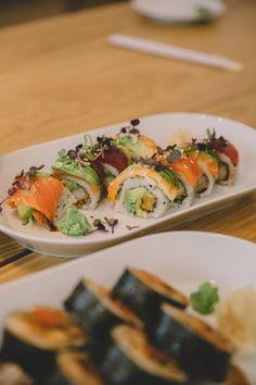 Sushi Catering, Salat Bowl, Ethnic Recipes, Food, Deep Fried Shrimp, Savory Foods, Food Food, Tips, Meals