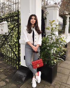 Friday ❤️ | *Werbung London Outfit, Stylish Outfits, Fall Outfits, Fashion Outfits, Fashion Trends, Preppy Trends, Inspiration Mode, Complete Outfits, Autumn Winter Fashion
