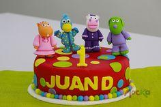Celebrando su primer año con los #Piyanimales!  www.mocka.co  #mocka #pasteleria #cakeshop #tortainfantil #ponque #pastel #torta #cake #birthdaycake #ponqueinfantil