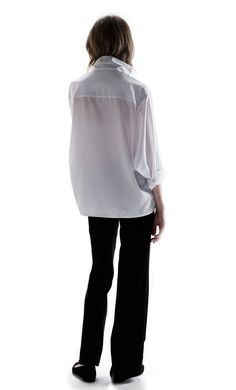 ed3ed8a85eb7 79 Best Style - White Shirts images in 2019   White shirts, Woman ...