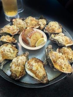 Oysters Supreme is a regal dish focused on fresh Louisiana seafood. - Bubbling hot off the grill, this Cajun recipe for Oysters Supreme is superb. Cajun Recipes, Seafood Recipes, Cooking Recipes, Baked Oyster Recipes, Sushi Recipes, Creole Recipes, Oyster Bake, Oyster Food, Grilled Oysters