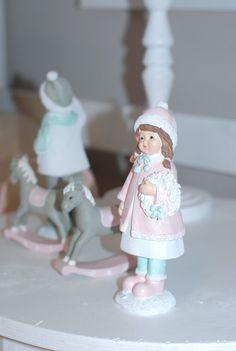 Girl's room. www.lenkowomi.com
