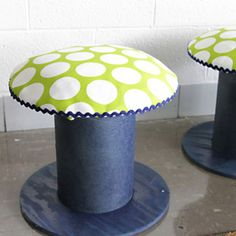 DIY- Electrical spools into stools Wire Spool, Wooden Spools, Cool Ideas, Electrical Spools, Mushroom Stool, Cable Reel, Colani, Diy Stool, Best Decor