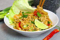 Pad Thai Gai: Risnudelwok med kyckling & grönsaker