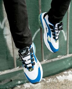 "3b99b3de017 Recap – PUMA CELL VENOM ""WHITE SURF THE WEB BLUE""  sponsored The Puma Cell  Venom is finally back after 20 years and fits in today s…"""