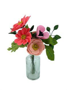 Wedding Flower Centerpieces, faux flower arrangements, unique flower arrangements, beautiful flower arrangements, small flower arrangements