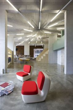 Inspiration: Creative Fluorescent Lighting Arrangements - Office Snapshots - orientación de luz