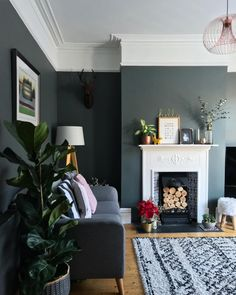 New House Interior Grey Home Decor 29 Ideas 1930s Living Room, Victorian Living Room, Dark Living Rooms, Living Room Grey, Rugs In Living Room, Home And Living, Living Room No Fireplace, Living Room Decor Colors Grey, Plants In Living Room