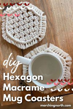 Knitting For Beginners, Start Knitting, Easy Knitting, Coffee Coasters, Diy Coasters, Mug Rugs, Big Coffee Mugs, Macrame Design, Macrame Projects