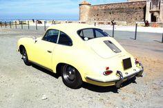 Pour ce mardi sur #BonjourLaVieille, une magnifique #Porsche #356 Auto Retro, Mardi, Porsche 356, Vehicles, Vintage Cars, Collector Cars, Car, Vehicle, Tools