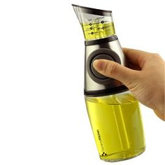 Press & Measure Bottle Precise amounts every time – without a spoon!