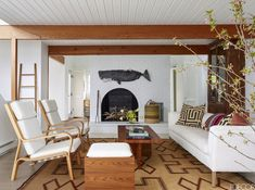 9 Quick Tips: Minimalist Home Tour Summer minimalist living room small bedrooms.Minimalist Living Room Small Rugs minimalist home diy awesome.Minimalist Home Decorating Platform Beds. Minimalist Furniture, Minimalist Interior, Minimalist Living, Minimalist Decor, Modern Minimalist, Minimalist Kitchen, Minimalist Bedroom, Coastal Living Rooms, Rugs In Living Room