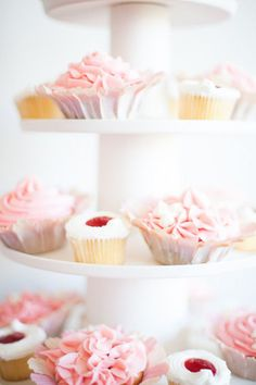 We love how these different cupcakes look perfect together!