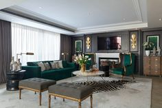 How To Use A Living Room Sofa For Maximum Space Utilization? Glam Living Room, Living Room Green, Formal Living Rooms, Living Room Sets, Home And Living, Living Room Designs, Living Room Decor, Living Spaces, Living Room Inspiration