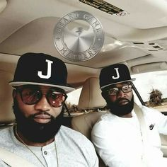 Ummm double trouble yikes! I Love Beards, Black Men Beards, Handsome Black Men, Beard Game, Beard Look, Black Men Hairstyles, Hunks Men, Beard Styles For Men, Amanda