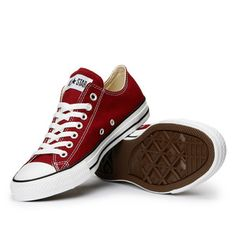 Converse All-Stars in maroon. Whoop! Still struggling to find this awesomeness.