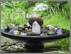 I love this idea for a garden: a combo or crystals and river stones in a birdbath! So zen and tranquil...