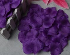 Free Shipping-800pcs Royal Purple Silk Rose Petals For Party/Wedding Supplies,Wedding Flower Bridal Decoration,Silk Petal For Girl's Basket