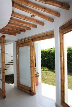Bamboo Roof, Bamboo Art, Bamboo Crafts, Bamboo Fence, Bamboo Architecture, Tropical Architecture, Architecture Design, Hut House, Tiny House