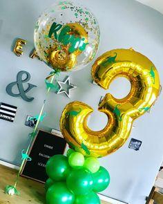 Kids Birthday Themes, Dinosaur Birthday Party, 3rd Birthday Parties, Birthday Balloons, Third Birthday, Balloon Decorations Party, Birthday Party Decorations, Dinosaur Balloons, Dinosaur Dinosaur