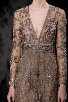 Valentino | Spring 2014 Couture Couture Fashion, Fashion Show, Fashion Design, Emilio Pucci, Valentino Couture, Valentino Paris, Valentino Garavani, Couture Details, Looks Style