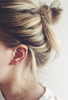 Rook piercing The particular incidence involving human body piercing is apparently going up currently, but Rook Piercing Hoop, Rook Piercing Jewelry, Cute Piercings, Ear Piercings Cartilage, Ear Jewelry, Piercing Tattoo, Body Piercing, Double Cartilage, Ear Piercings