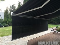 Luxusní designová kazetová čtvercová markýza včetně předního volánu na dálkové ovládání Garage Doors, Outdoor Decor, Design, Home Decor, Homemade Home Decor, Interior Design, Design Comics, Home Interiors