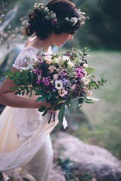 Gorgeous purple, mauve and pink rustic wedding bridal bouquet and rustic hair headband | Love My Dress®️️️ Wedding blog - beautiful, inspiring, stylish, glamorous and elegant. - Part 7