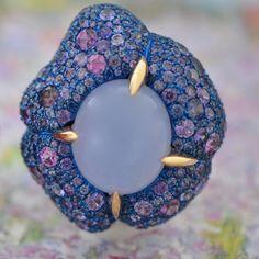 Calcedony - Sapphires - Spinels - Titanium - Gold #arteau #madeinparis #artisan #handmade #highjewelry #oneofakind #paris