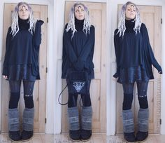 Cartoon character goal within reach <3 Loving these legwarmers over my Moon Boots! I'm definitely gonna try this with different colors and textures Necklace (used as headpiece) from RestyleSkirt from H&MDreads from Peacock DreamsBag handpainted by the talented vivaluludia​ <3Everything else is thrifted