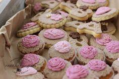 Follow Elena's fairytale: Γάμος vintage γήινα χρώματα....Βάσια Ανδρέας 20 Ιο... Mini Cupcakes, Lemonade, Biscuits, Vintage, Desserts, Ideas, Food, Crack Crackers, Tailgate Desserts