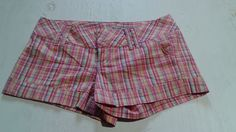 SPACEGIRLS WOMEN'S JUNIORS SHORT SHORTS PINK PLAID SIZE 3 #SPACEGIRLS #CasualShorts
