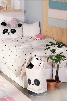 Spot-print duvet cover set - White/Panda - Home All Bedroom Themes, Girls Bedroom, Bedroom Decor, Master Bedroom, Panda Decorations, Panda Love, Panda Panda, Panda Bears, H&m Home