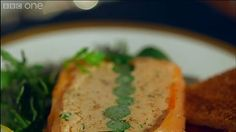 BBC Two - Mary Berry Cooks, A Dinner Party, Salmon and Asparagus Terrine Mary Berry Salmon, Smoked Salmon Terrine, Salmon Terrine Recipes, Mary Berry Cooks, Mousse, Dinner Party Starters, Seafood Recipes, Cooking Recipes, Salmon And Asparagus