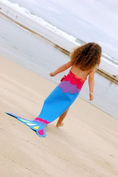 Cute mermaid tail! Decorate your own mermaid tail party craft