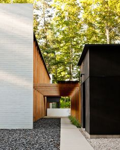 Architecture Modern Brick And Wood Pergola And Black Exterior For Minimalist House Exterior Commercial Residential Projects Mushroom In Modern City Living Design Exterior, Interior And Exterior, Black Exterior, Home Design, Design Ideas, Architecture Résidentielle, Modern Mansion, Modern Houses, Hallway Designs