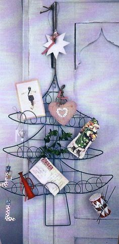 Wire Christmas Card Holder