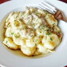 Klunker's Plant-Based Kitchen: Gnocchi with creamy alfredo sauce Vegan cauliflower based and delicious!