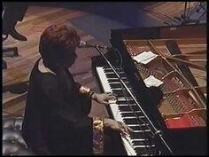 ▶ Shirley Horn & Trio - How insensitive - Heineken Concerts 99 - YouTube