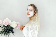 Home spa with Decrusto (Cath In The City) Home Spa, Skin Care, Wedding Dresses, Beauty, City, Women, Fashion, Bride Dresses, Moda
