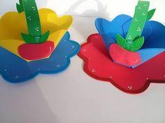 Resultado de imagem para centro de mesa branca de neve com balões