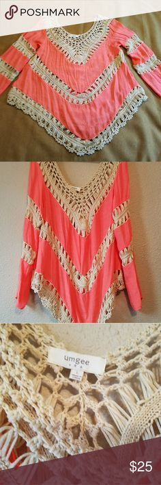 Umgee Top Super cute bright summer top. Great Condition. 60% cotton 40% polyester. umgee Tops Tunics